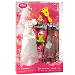 Snow White Wardrobe and Friends Set -- 6-Pc.