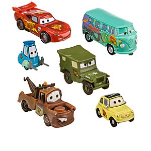 Lightning McQueen Pit Crew Figure Play Set -- 6-Pc.