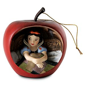 WDCS Snow White Ornament Sweet Surprise