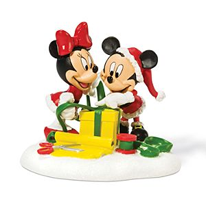 Wrapping Gifts Minnie and Mickey Mouse Figurine by Dept. 56