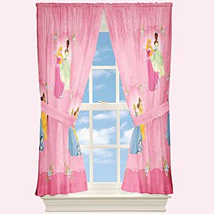 ''Your Royal Grace'' Disney Princess Curtain Set