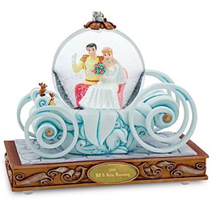 Wedding Carriage Cinderella Snowglobe - Personalizable
