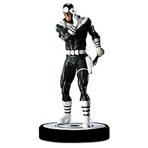 Limited Edition Marvel Bullseye Statue -- 17