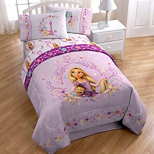 ''Magic in Your Heart'' Tangled Rapunzel Comforter -- Twin