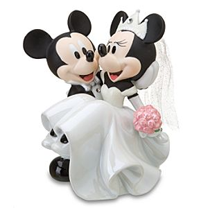 Wedding Minnie and Mickey Mouse Figurine