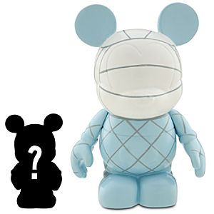 Vinylmation Sports Series 3 Volleyball Figure + 1 1/2 Vinylmation Jr. Figure