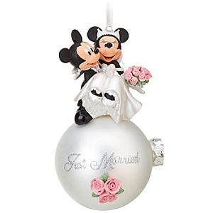 Wedding Minnie and Mickey Mouse Ornament
