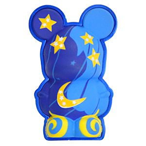 3-D Vinylmation Pin -- Sorcerer Mickey Hat