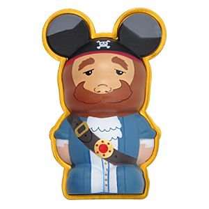 Vinylmation 3-D Pin -- Pirates of the Caribbean Actioneer