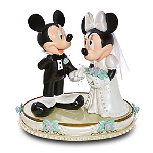 Wedding Day Minnie Mouse and Mickey Mouse Big Figure
