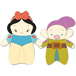 Pook-a-Looz Series Snow White and Dopey Pin
