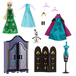 Elsa Wardrobe Doll Play Set