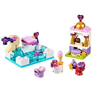 Treasures Day at the Pool Playset by LEGO - Palace Pets