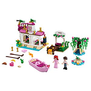 Ariels Magical Kiss Playset by Lego