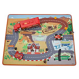 Cars Deluxe Play Set with Mat