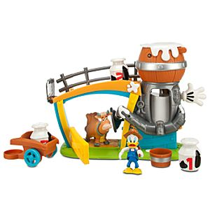 Mickeys Dairy Farm Donald Duck Play Set