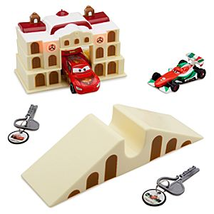 Cars 2 Porto Corsa Key Charger Play Set