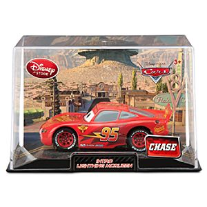 Lightning McQueen Die Cast Car - Cars 2 Intro  - Chase Edition