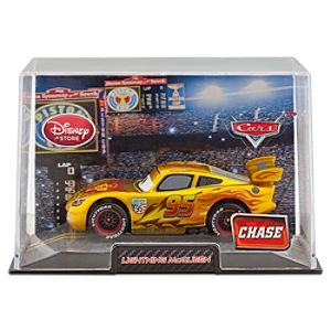 Lightning McQueen Die Cast Car - Cars 2 Gold  - Chase Edition