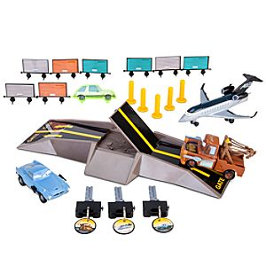 Cars 2 Airport Battle Play Set