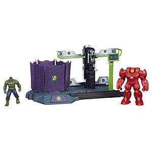 Hulk Buster Breakout Playset - Marvels Avengers: Age of Ultron