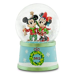 Mickey and Minnie Mouse Snowglobe - Holiday 2012