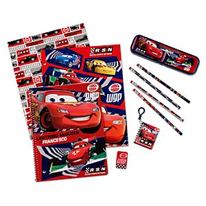 Cars 2 Art Supply Kit