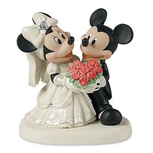 Mickey and Minnie Mouse Wedding Figure by Disney Showcase