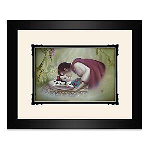 Snow White True Loves Kiss Framed Deluxe Print by Noah