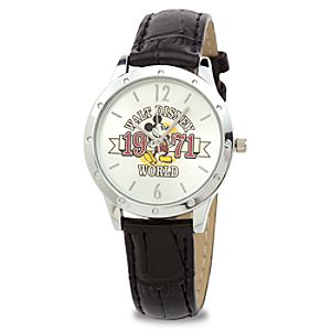Small Walt Disney World Mickey Mouse Watch