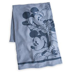 Mickey and Minnie Mouse Throw Blanket