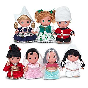 its a small world Doll Set by Precious Moments