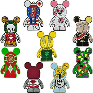 Vinylmation Holiday 3 Mystery Pin Set -- 2-Pc.