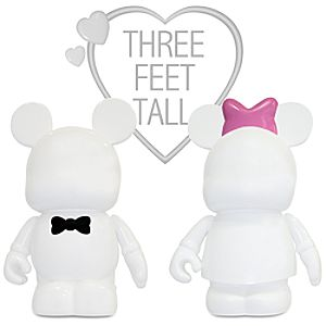 Vinylmation 3-ft Signed Premiere Statuette Set - Blank and Bow - Limited Availability