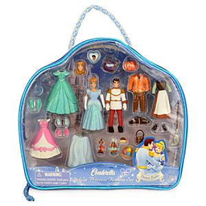 Cinderella Figurine Deluxe Fashion Play Set